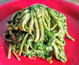 Ricetta Linguine al Pesto di Cavolo Nero